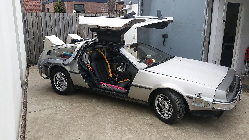 Back To The Future Full-scale DeLorean RC controlled
